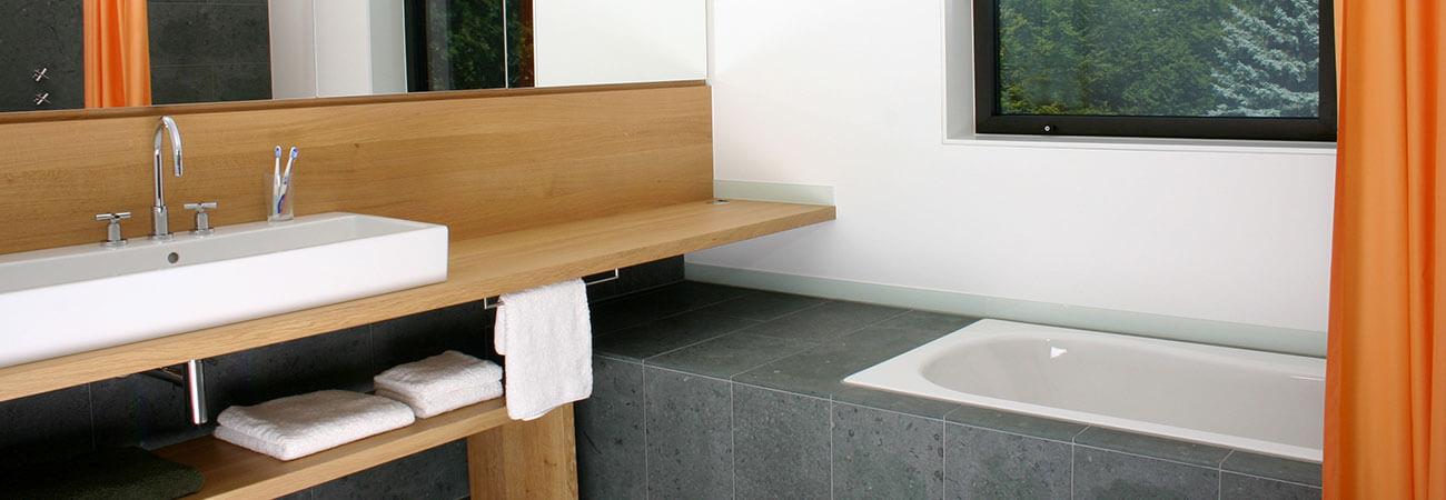 CUBIG Holzhaus Badezimmer