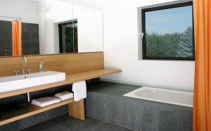 CUBIG Holzhaus Badewanne